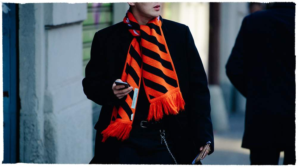 Seven Ways To Wear Your Scarf In Style  ad8068c1ebf00