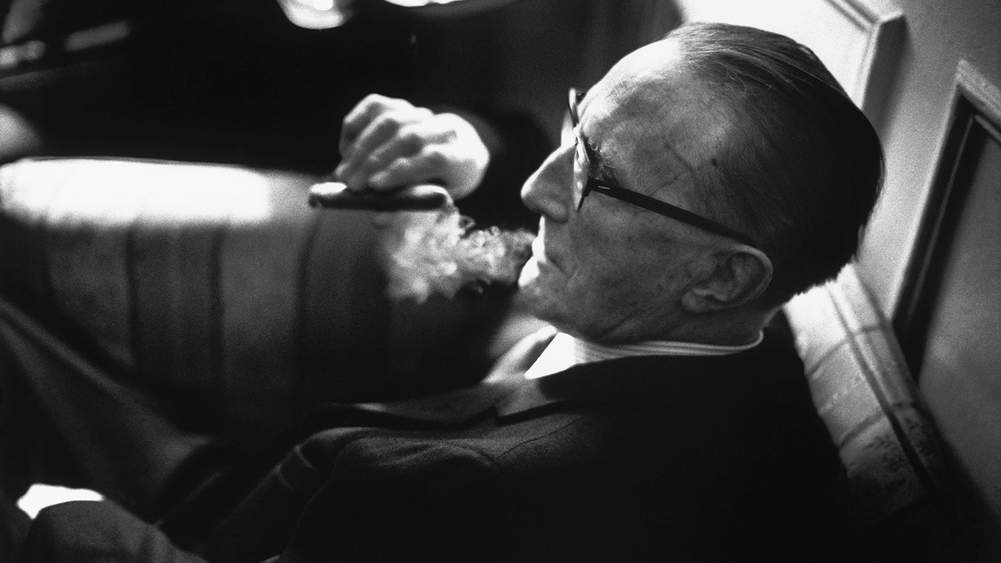 An Expert Guide To Cigars