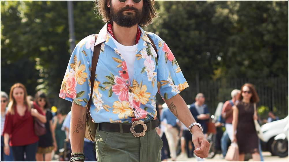 40f27a9d Photograph by The Style Stalker/Blaublut-Edition.com. The Hawaiian shirt ...