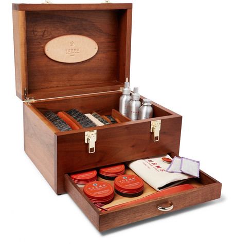 TURMS Complete Shoe Care Kit With Walnut Case in Brown