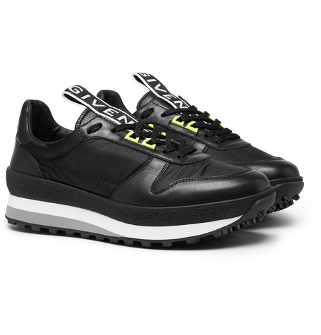 Tr3 Runner Low-Top Leather Trainers, Black