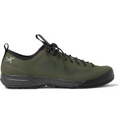 Arc'teryx Acrux SL Approach GORE-TEX Hiking Sneakers