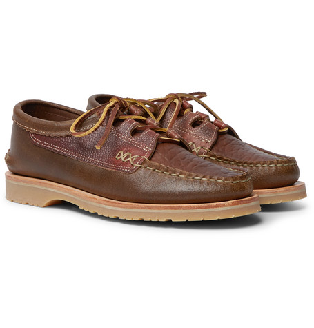 YUKETEN Ghillie Textured-Leather Boat Shoes in Brown