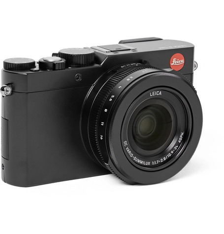 D Lux Compact Camera by Leica