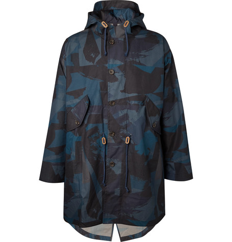 THE WORKERS CLUB Oversized Camouflage-Print Coated-Cotton Hooded Parka in Navy