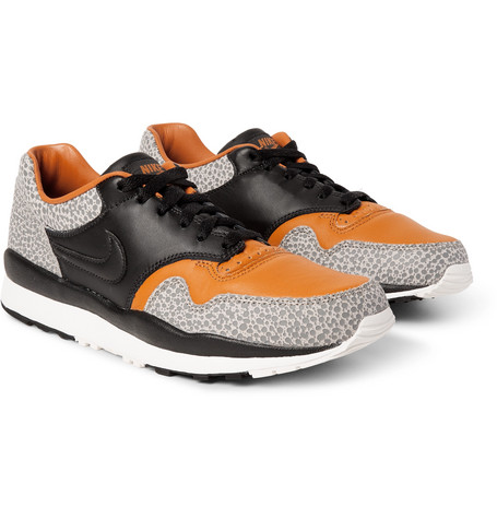 Air Safari Qs Leather Sneakers by Nike