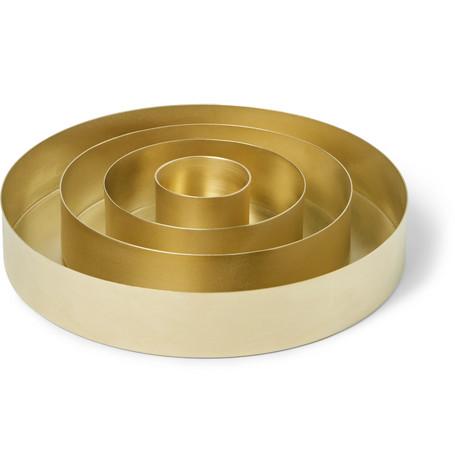 Tom Dixon Orbit Set Of Four Brass Trays In Gold