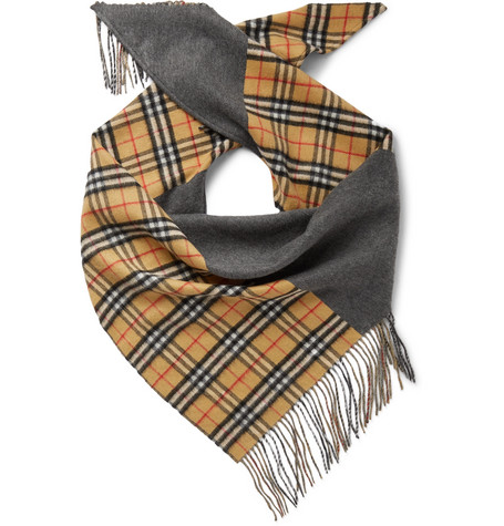 BURBERRY | Burberry - Fringed Checked Cashmere Scarf - Gray | Goxip