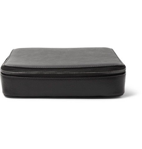 THIS IS GROUND Grande Tech Dopp Kit Leather Travel Organiser in Black
