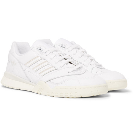 uk availability 63111 9e7dd adidas OriginalsA.R. Trainer Leather Sneakers
