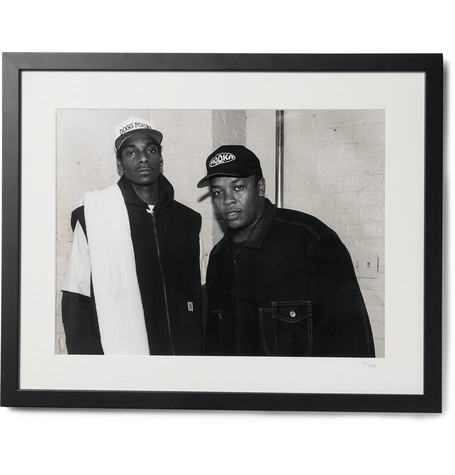 """SONIC EDITIONS FRAMED SNOOP DOGG & DR. DRE PRINT, 17"""" X 21"""""""