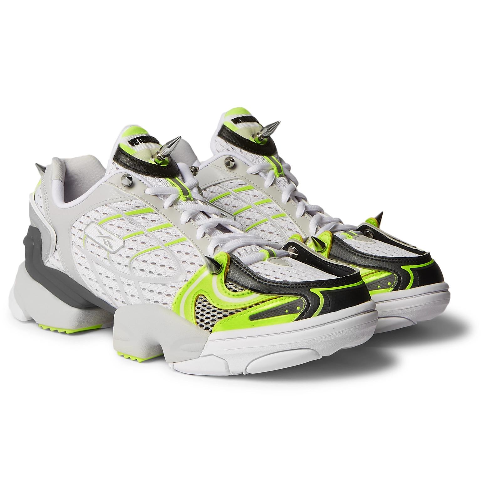 675b81d0581d Vetements+ Reebok Spike Runner 400 Rubber-Trimmed Mesh Sneakers
