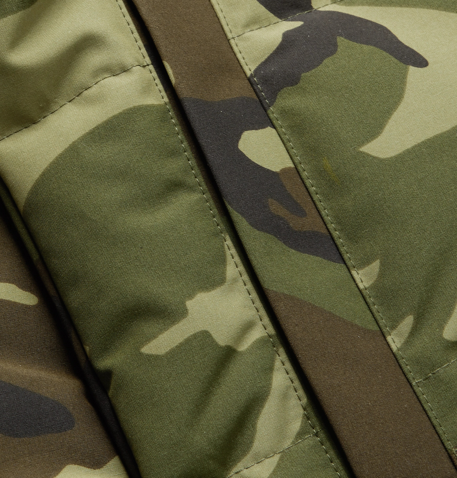 09b4b64ad3d3f Canada GooseMacMillan Slim-Fit Camouflage-Print Quilted Shell Hooded Down  Parka