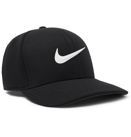 Nike Golf AeroBill Classic 99 Fitted Golf Cap