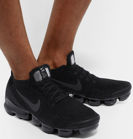 new concept 5e093 c3538 Air Vapormax Flyknit 3 Sneakers in Black