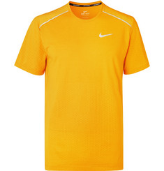 Nike Running Breathe Rise 365 Dri-FIT T-Shirt