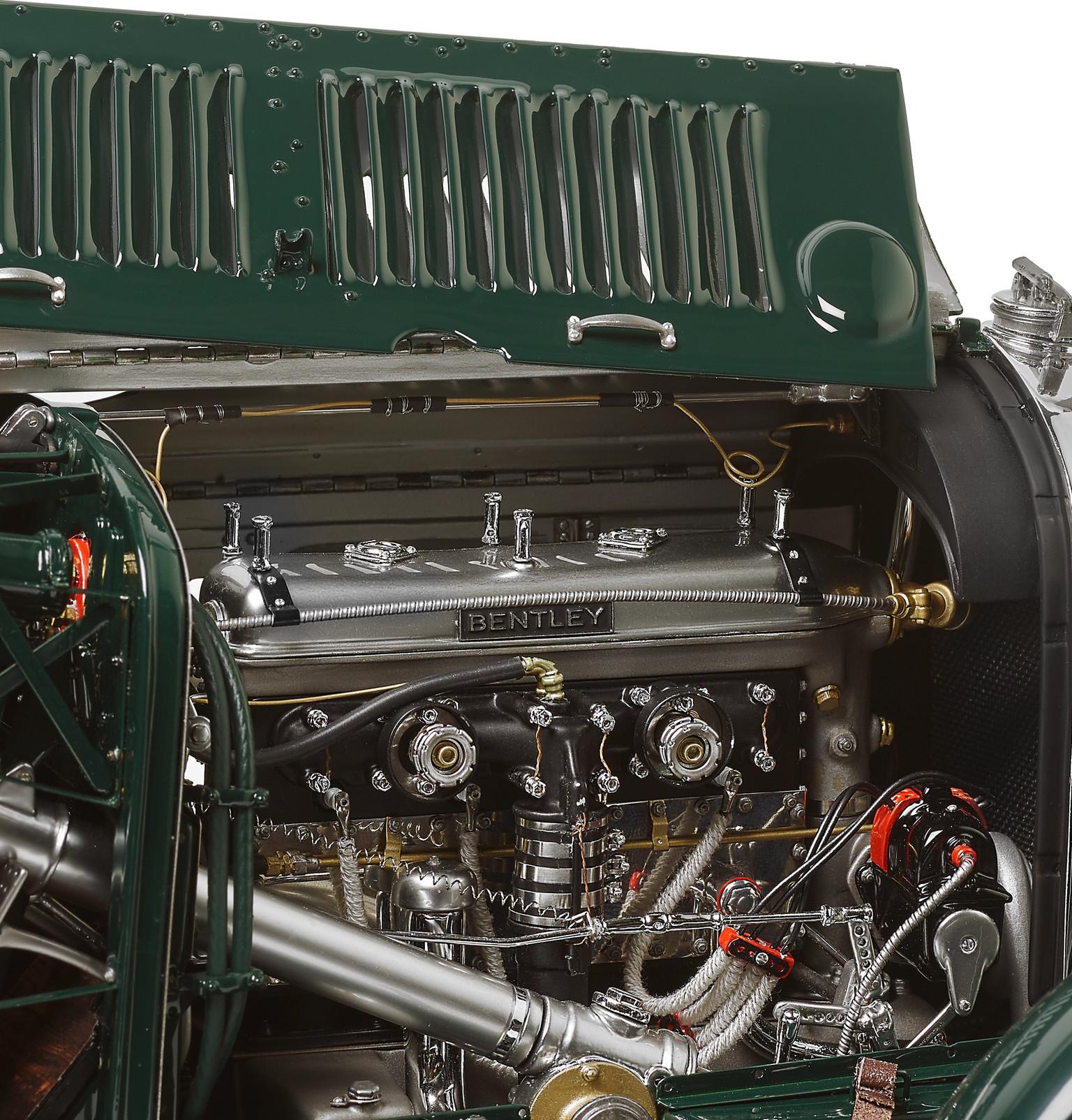 Amalgam Collection - Bentley Blower 1929 1:8 Model Car