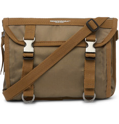 Indispensable Tempo Canvas Messenger Bag