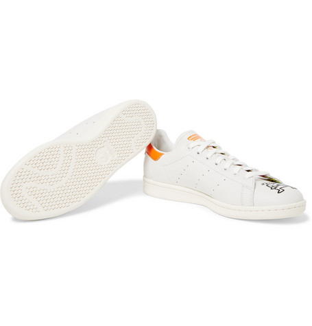 wholesale dealer ccae6 4fc5e Keith Haring Stan Smith Embroidered Leather Sneakers in White