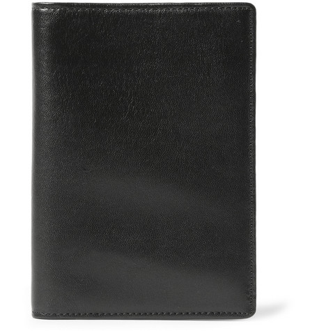 WANT Les Essentiels de la Vie Pearson Leather Passport Holder