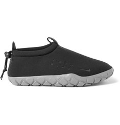 Nike Air Moc Tech Fleece Sneakers