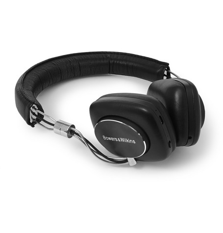 P5W LEATHER-COVERED WIRELESS HEADPHONES