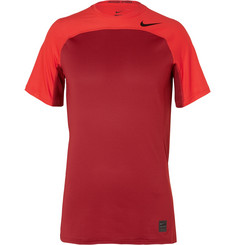 Nike Training - Hypercool Dri-FIT T-Shirt