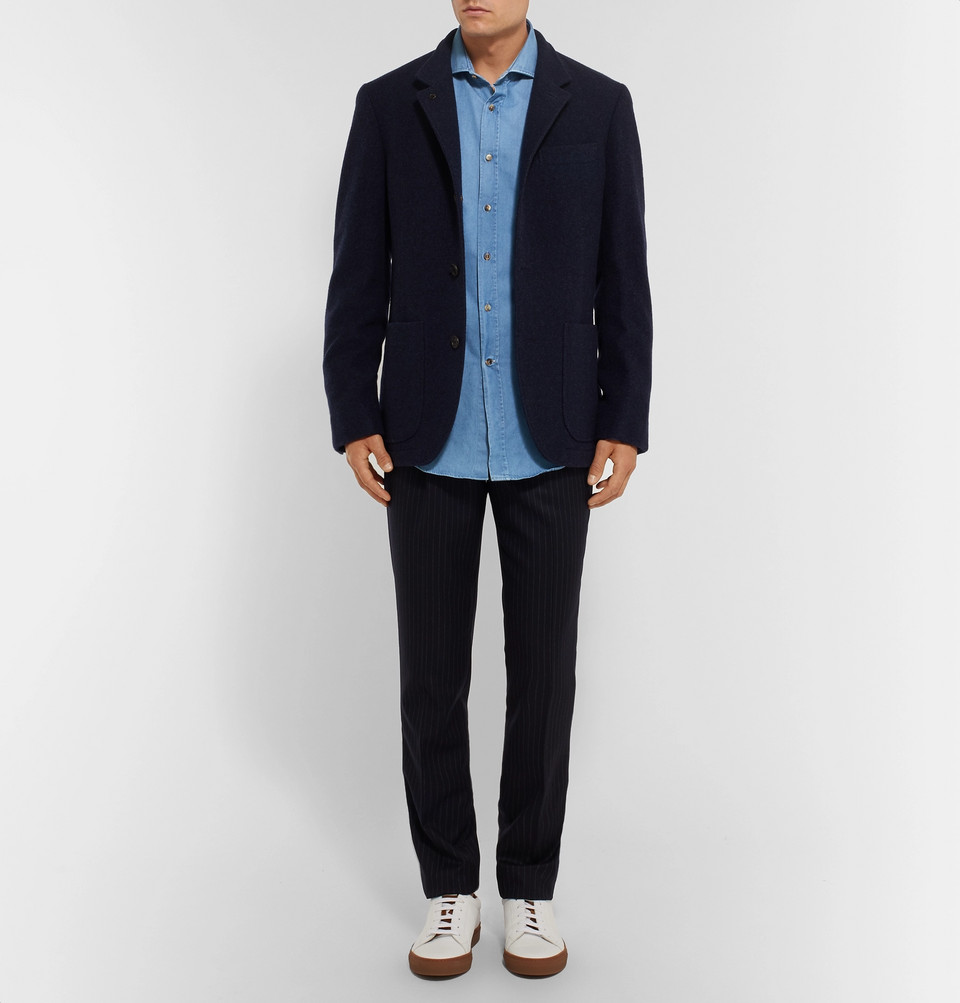 Brunello Cucinelli Slim-Fit Cutaway-Collar Washed-Denim Shirt