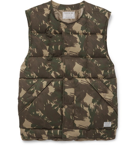 Neighborhood Camouflage-print Quilted Shell Down Gilet In Green