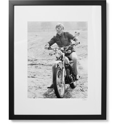 "Sonic Editions - Framed Robert Redford 1975 Print, 17"" x 21"""