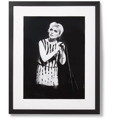 Sonic Editions Framed 1979 Debbie Harry in Manchester Print, 17