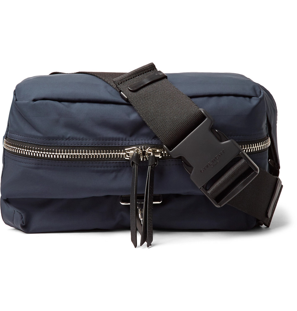 7e6754d95d2 The Style Debate  How Should You Wear Belt Bags