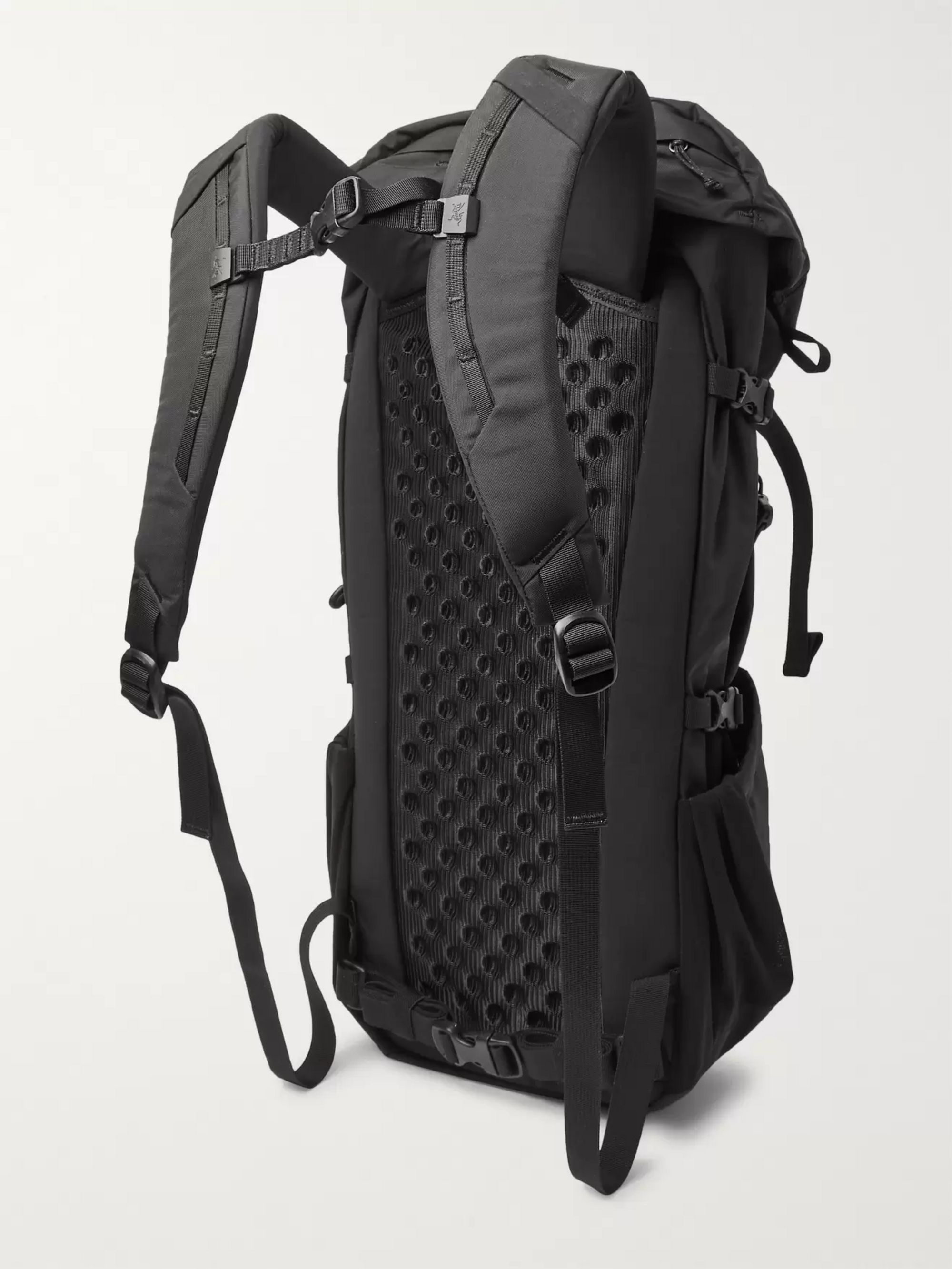 Arc'teryx Brize 25 Nylon Backpack