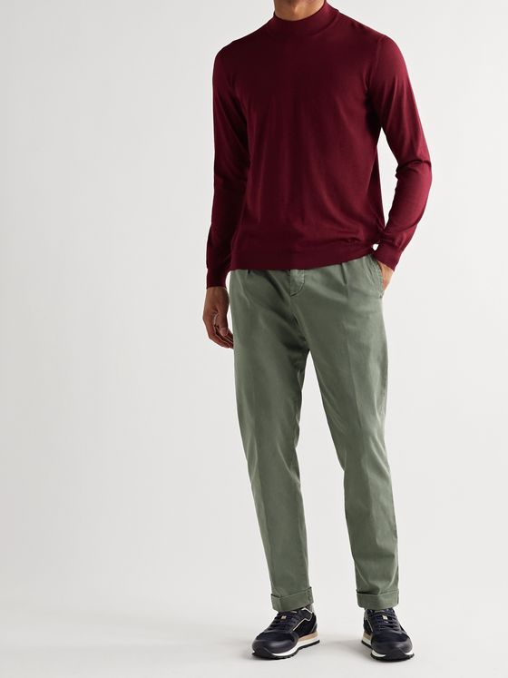KITON Tapered Pleated Stretch Cotton and Linen-Blend Trousers