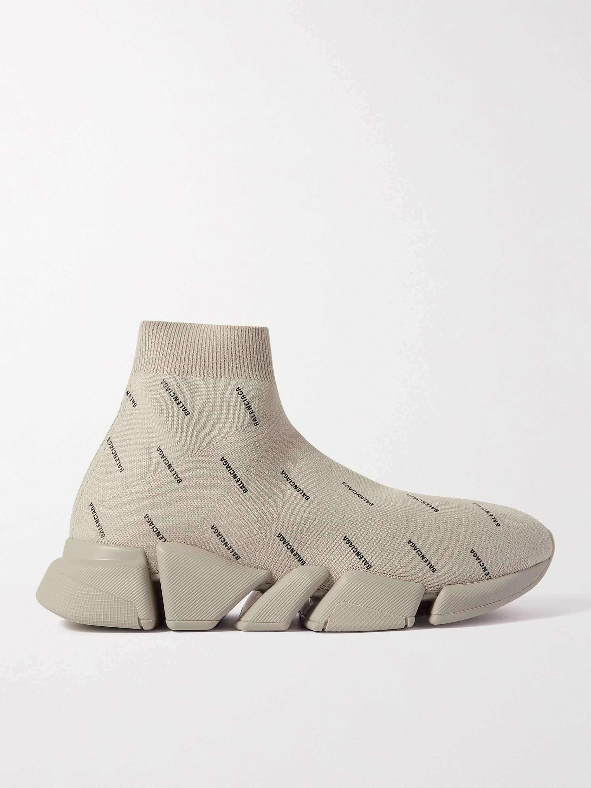 발렌시아가 스피드러너 2.0 남성용 - 그레이 Balenciaga Speed 2.0 Logo-Print Stretch-Knit Slip-On Sneakers,Gray