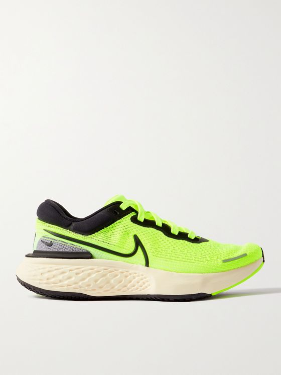 NIKE RUNNING ZoomX Invincible Run Flyknit Sneakers