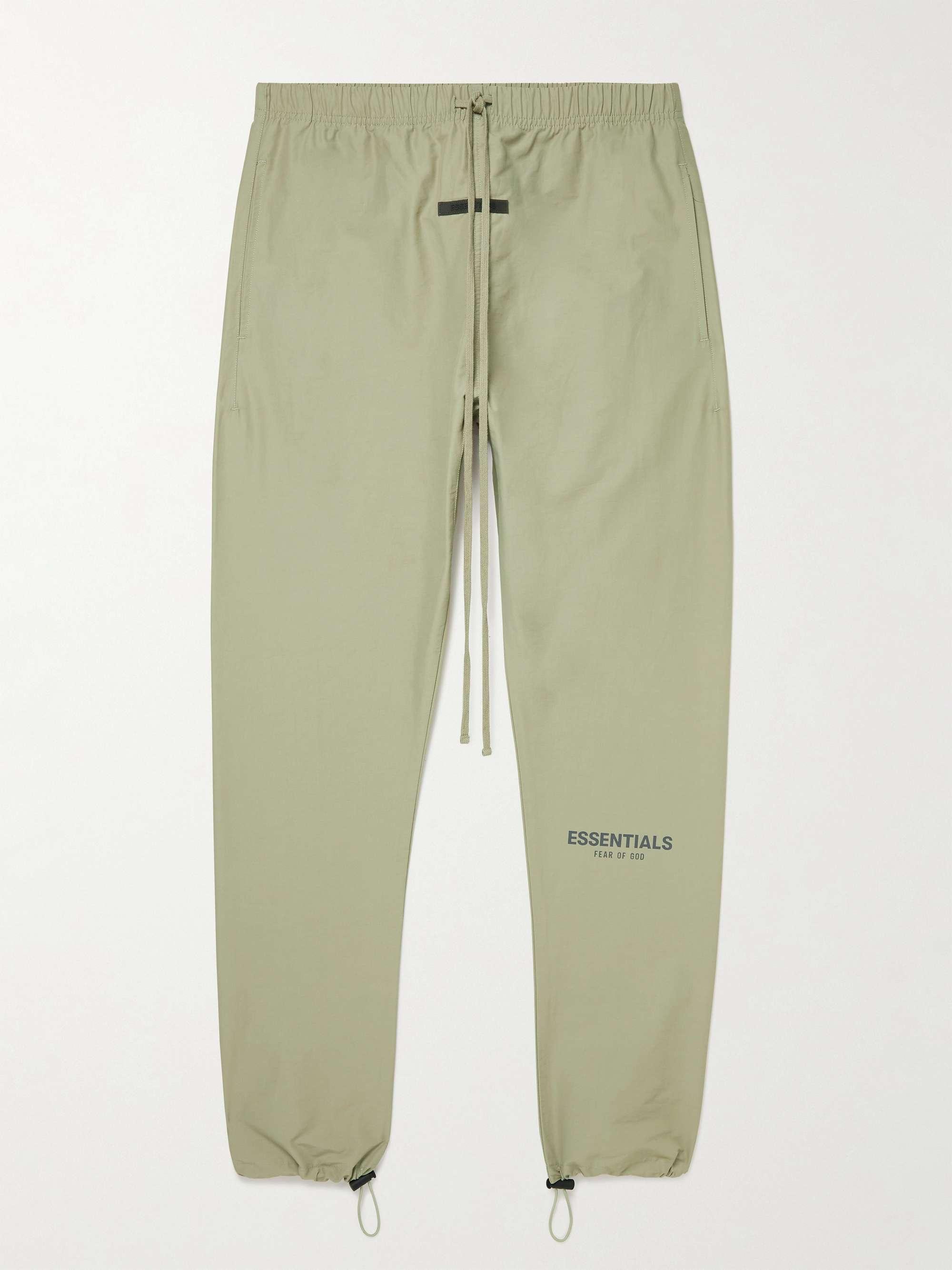 피어오브갓 에센셜 21FW 스웨트팬츠 FEAR OF GOD ESSENTIALS Tapered Logo-Print Cotton-Blend Sweatpants,Green