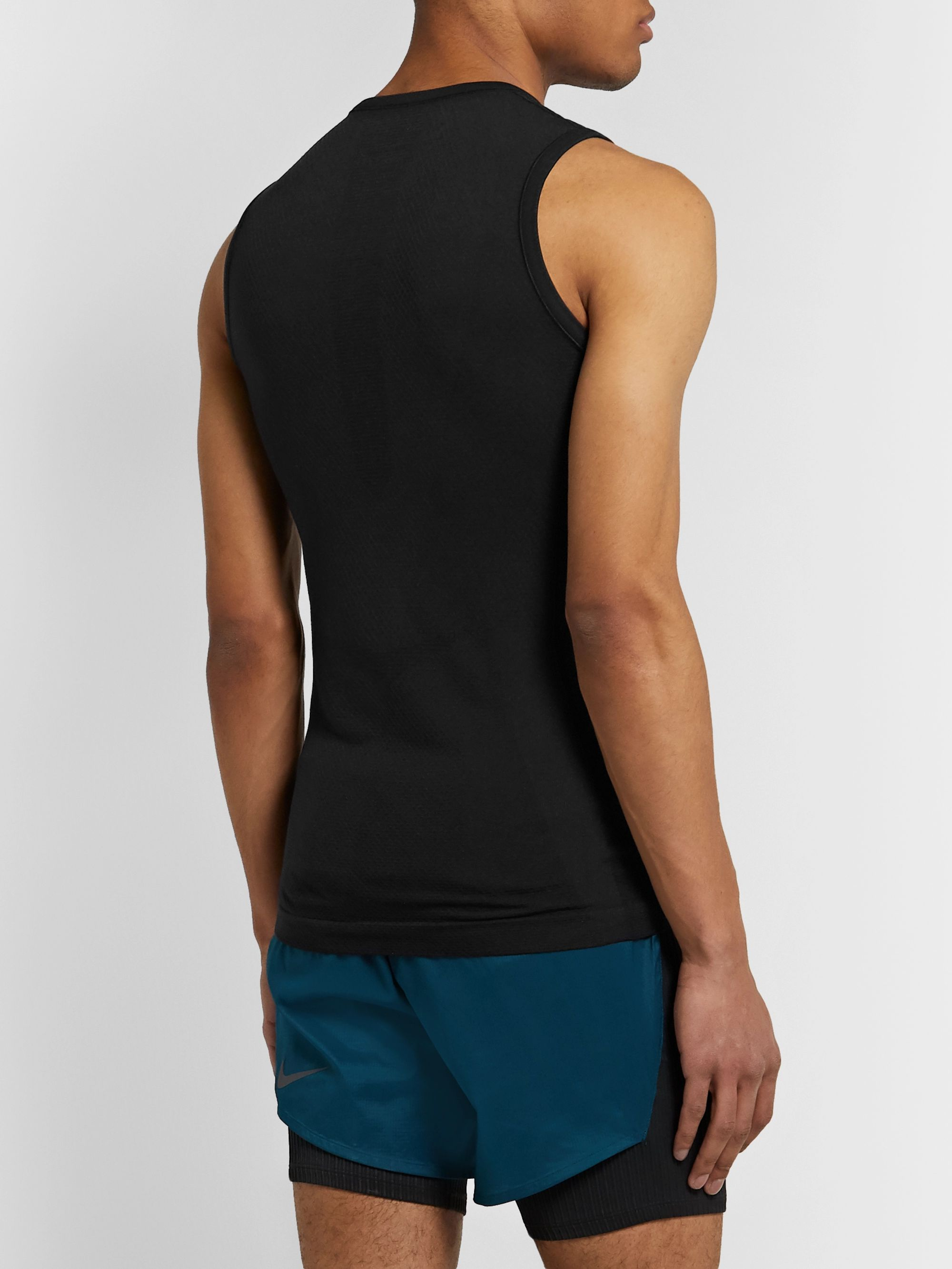 FALKE Ergonomic Sport System Cool Tech-Jersey Tank Top