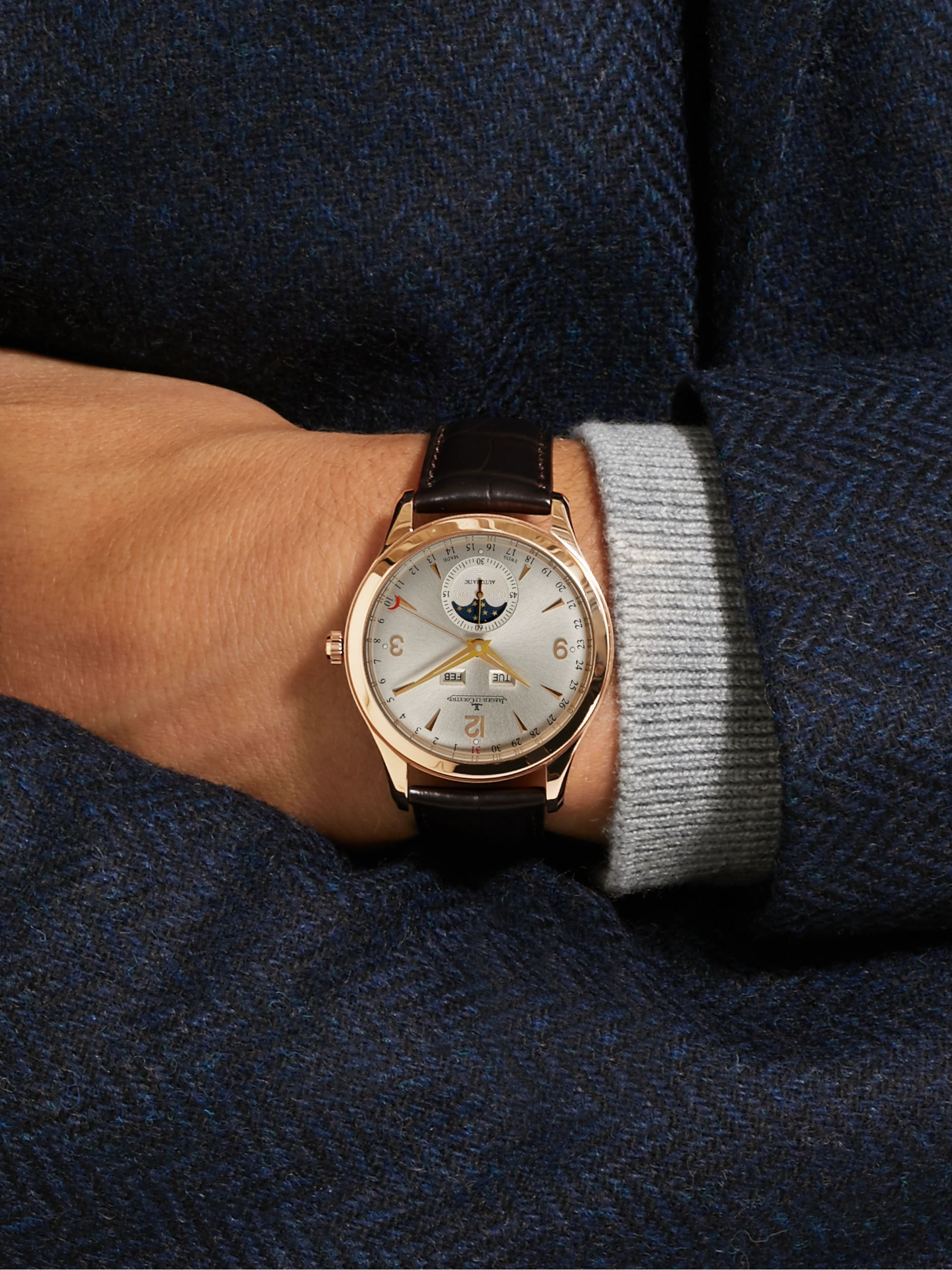 Jaeger-LeCoultre Master Calendar Automatic 39mm 18-Karat Rose Gold and Alligator Watch, Ref. No. Q1552520