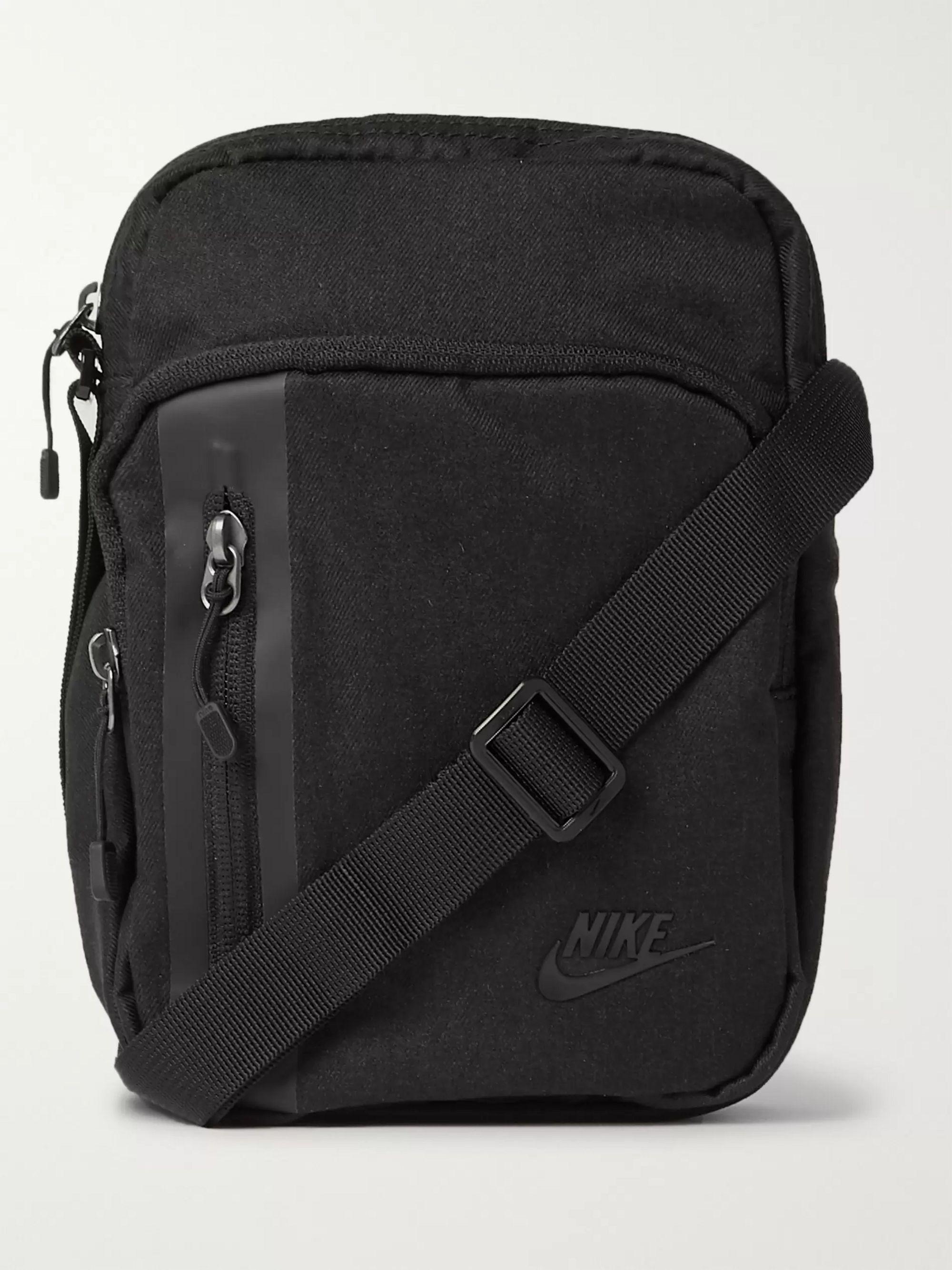 나이키 Nike Tech Logo-Appliqued Shell Bag,Black
