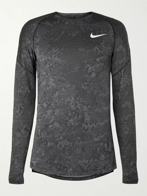 Nike Training Utility Camouflage-Print Dri-FIT Therma Top