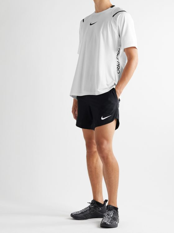 Nike Training Pro AeroAdapt Panelled Dri-FIT Top