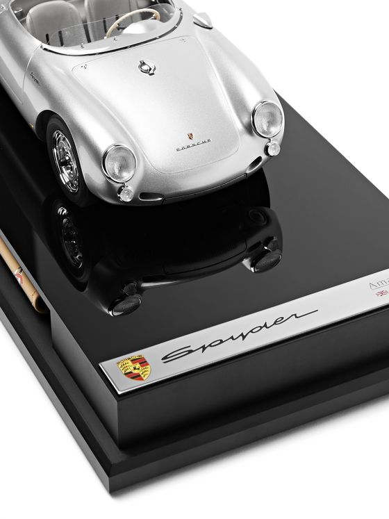 Amalgam Collection Porsche 550 Spyder 1:18 Model Car