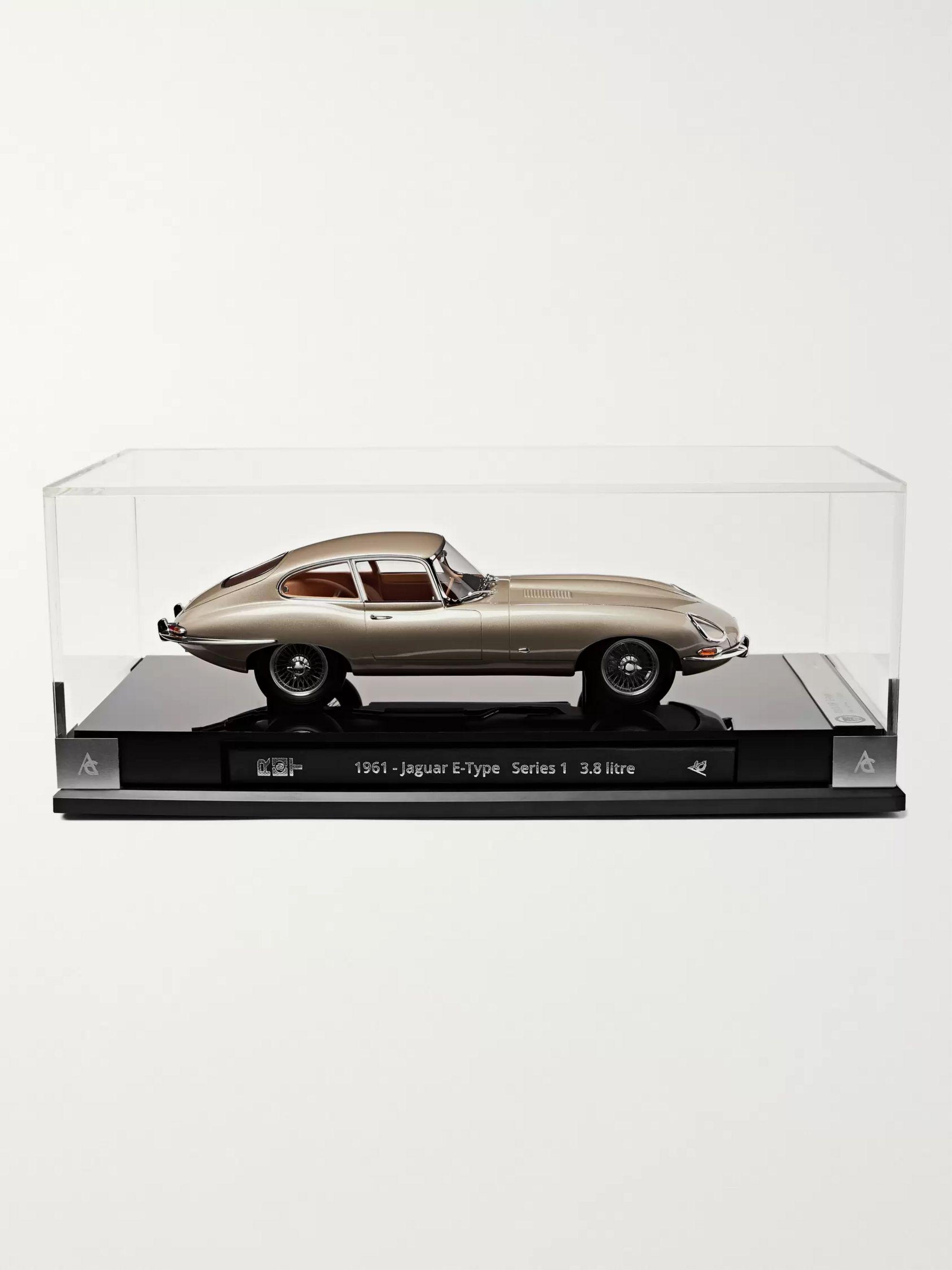 Jaguar E Type >> Jaguar E Type Coupe 1 18 Model Car