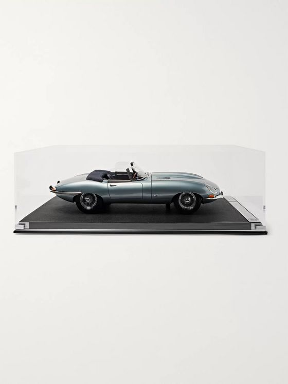 Amalgam Collection Jaguar E-Type Roadster 1:8 Model Car