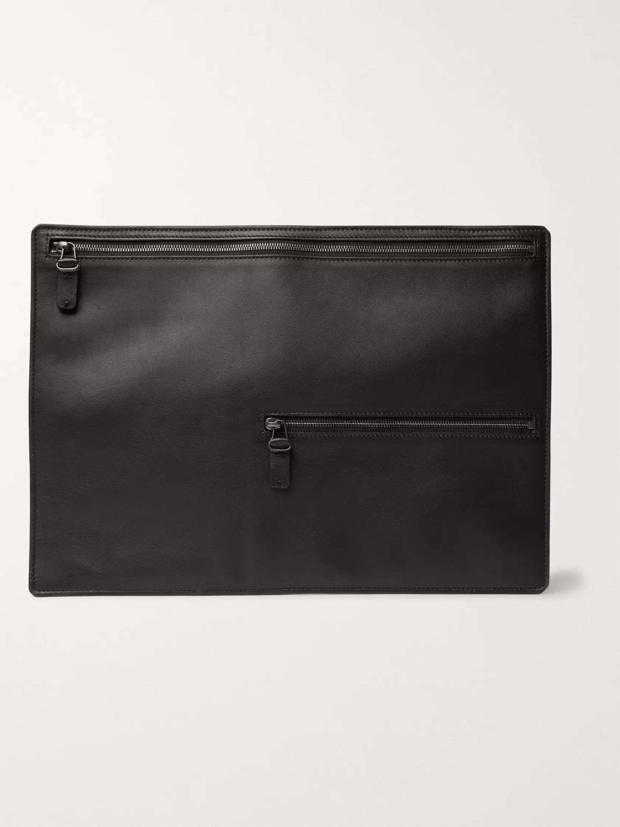 Álvaro Archivia Leather Pouch