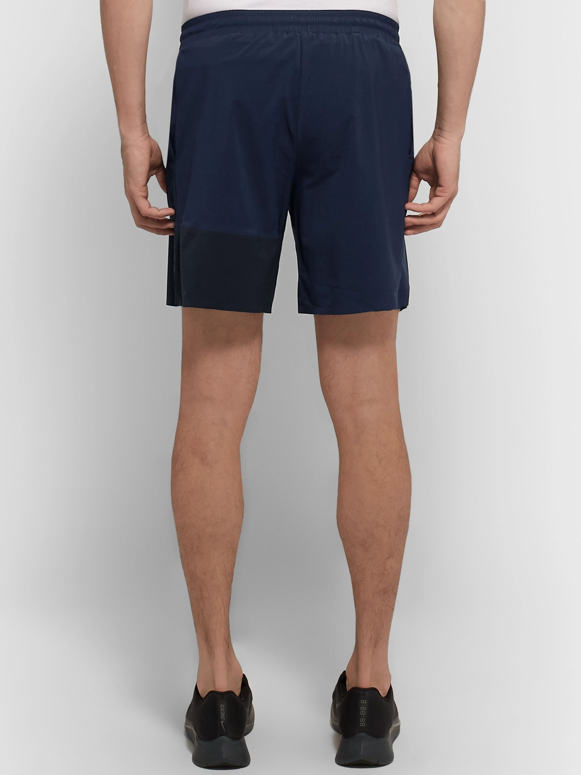 FALKE Ergonomic Sport System Challenger Stretch-Shell Running Shorts