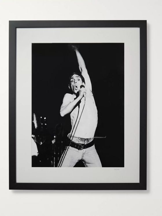 "Sonic Editions Framed 1977 Iggy Pop in Manchester Print, 17"" x 21"""