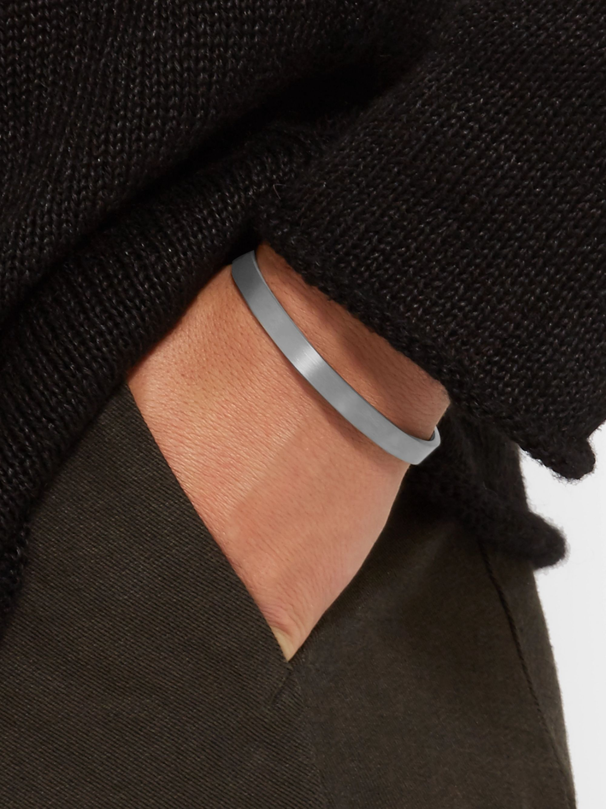 Le Gramme Le 21 Brushed Ruthenium-Plated Cuff