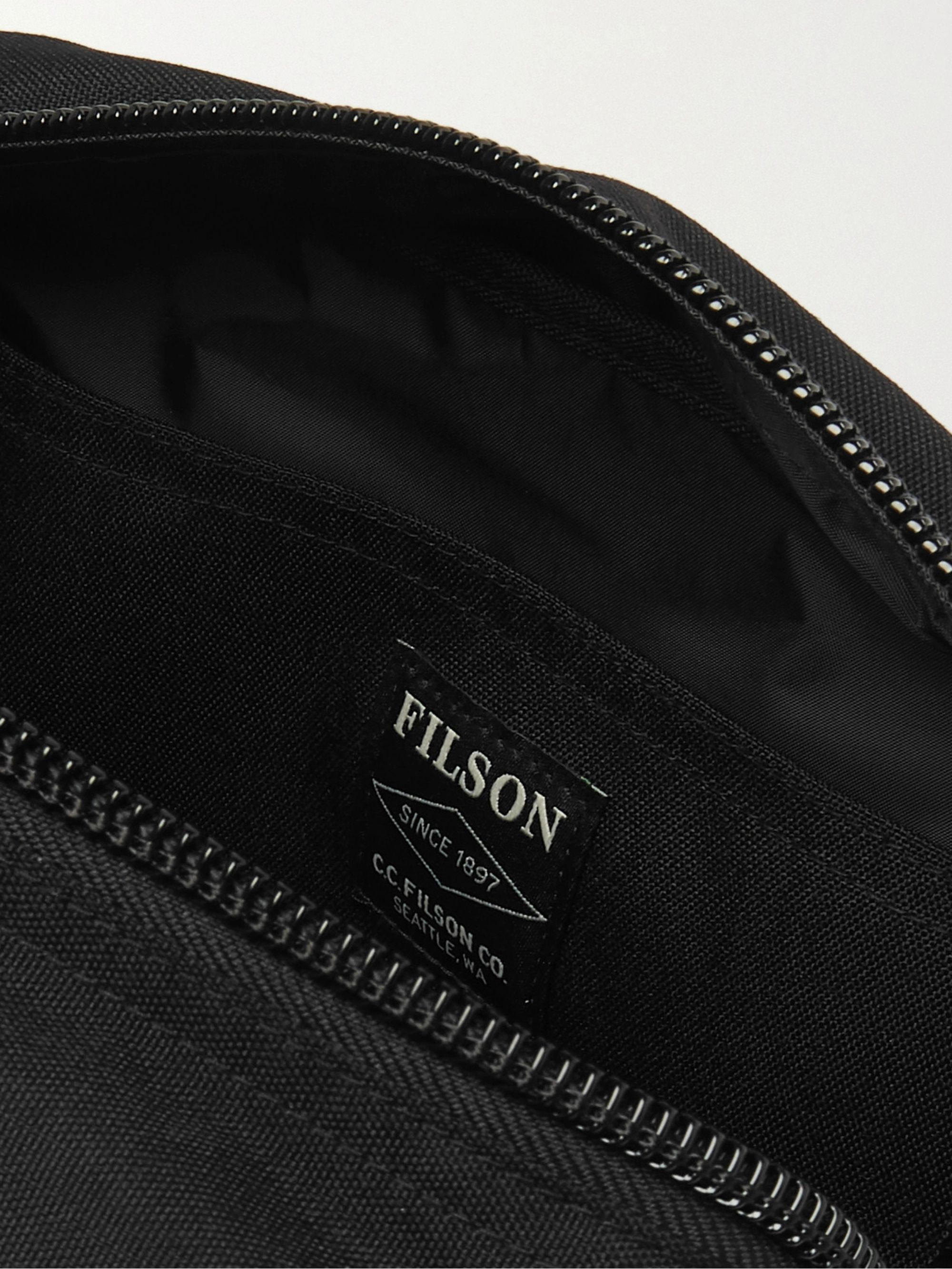 Filson Nylon Wash Bag
